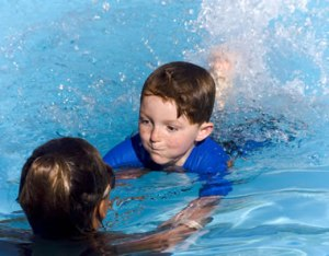 kids_swimming_lessons_age